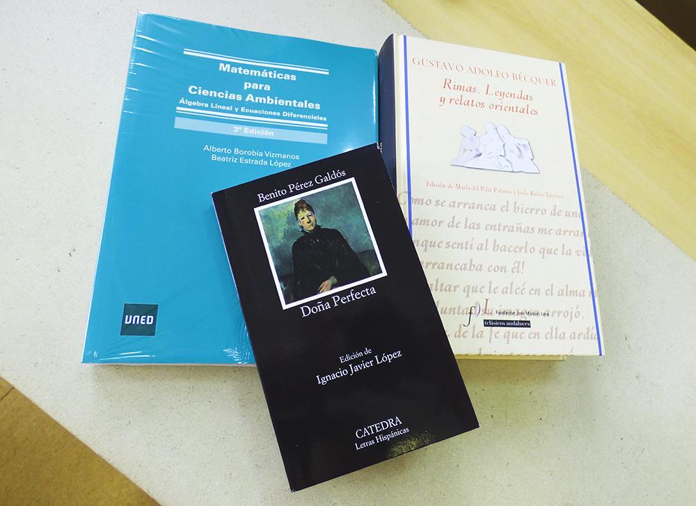 La biblioteca de uned cantabria publica las novedades for Uned biblioteca catalogo