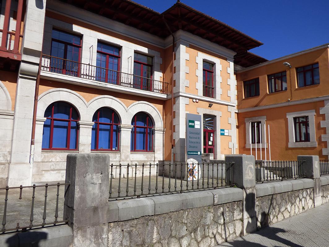Uned Cantabria Organiza Jornadas De Puertas Abiertas
