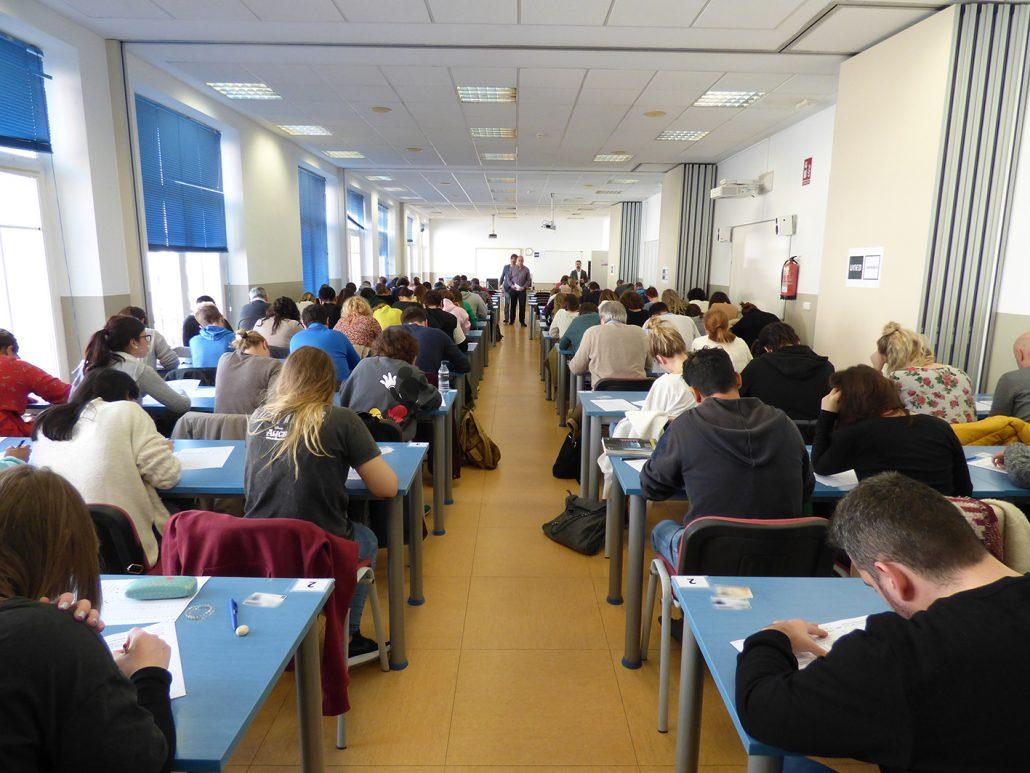 Los exámenes cierran el primer cuatrimestre en UNED Cantabria