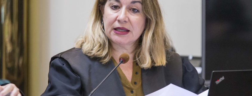 La fiscal Pilar Santamaría, profesora tutora de UNED Cantabria