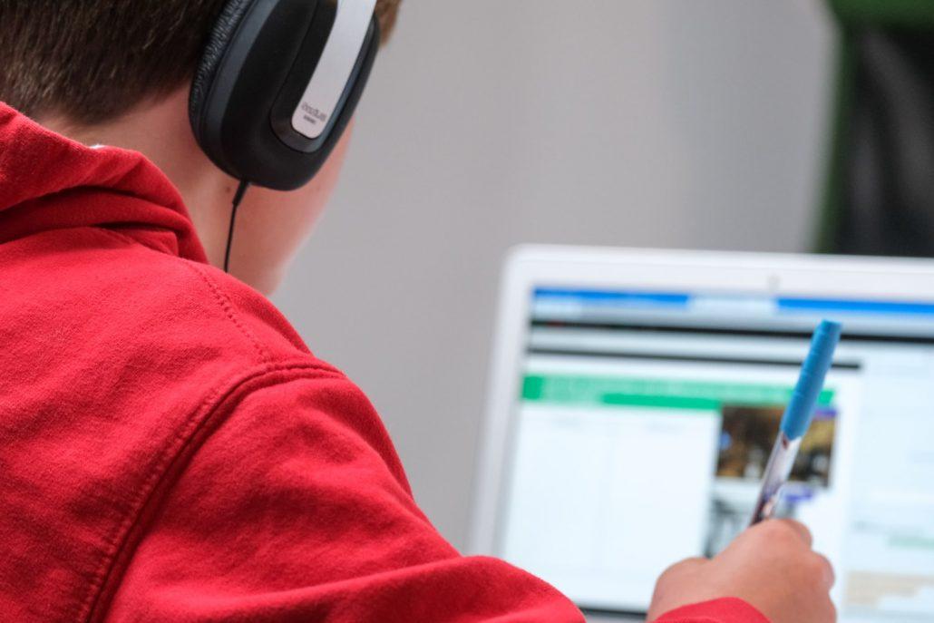 UNED Cantabria ilustrará este verano la unión de la pedagogía y la tecnología
